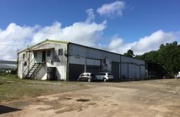 Vente Local commercial 670m² Remire Montjoli